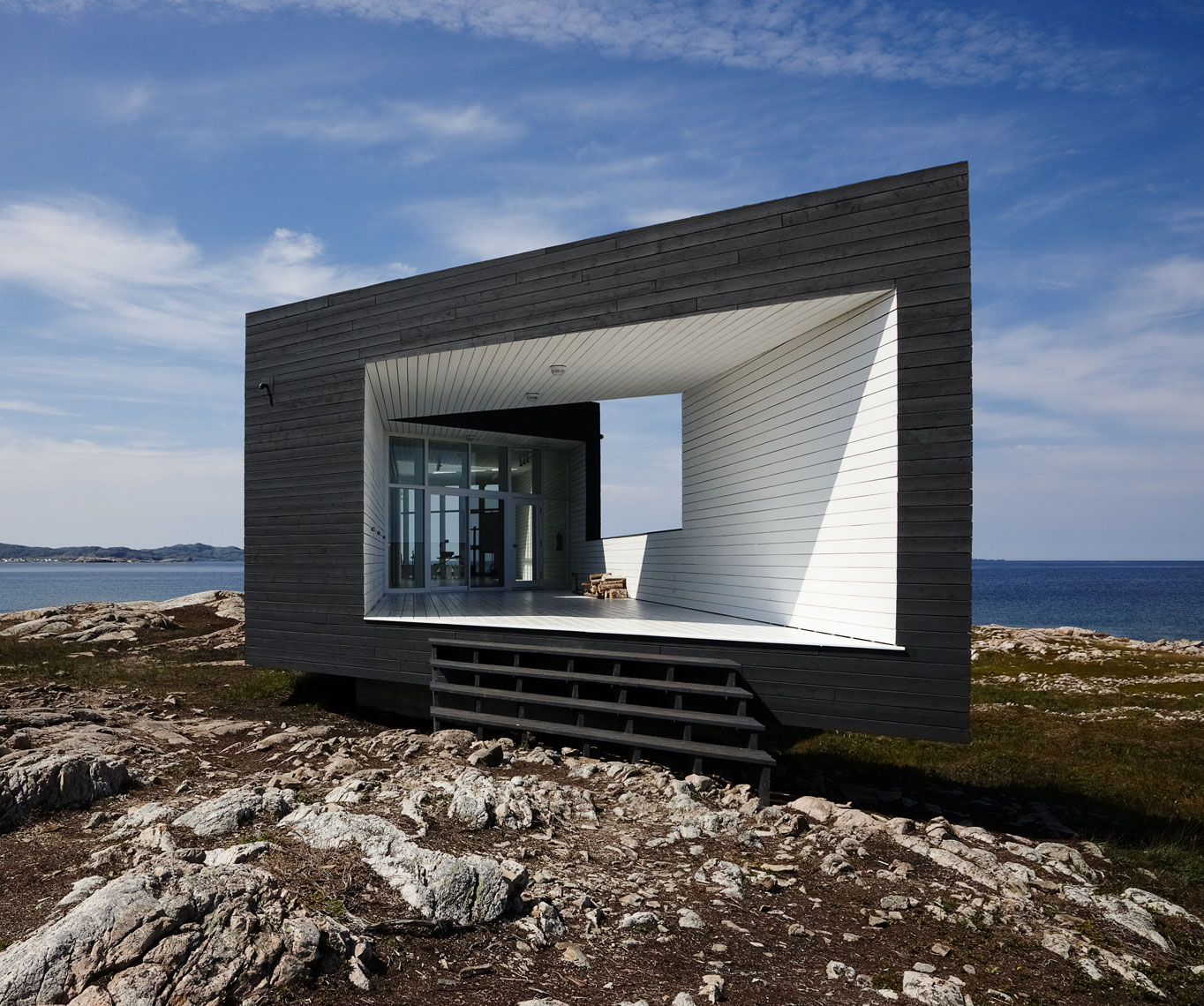 Architecture-Newfoundland-FogoIsland-Long-Studio_1