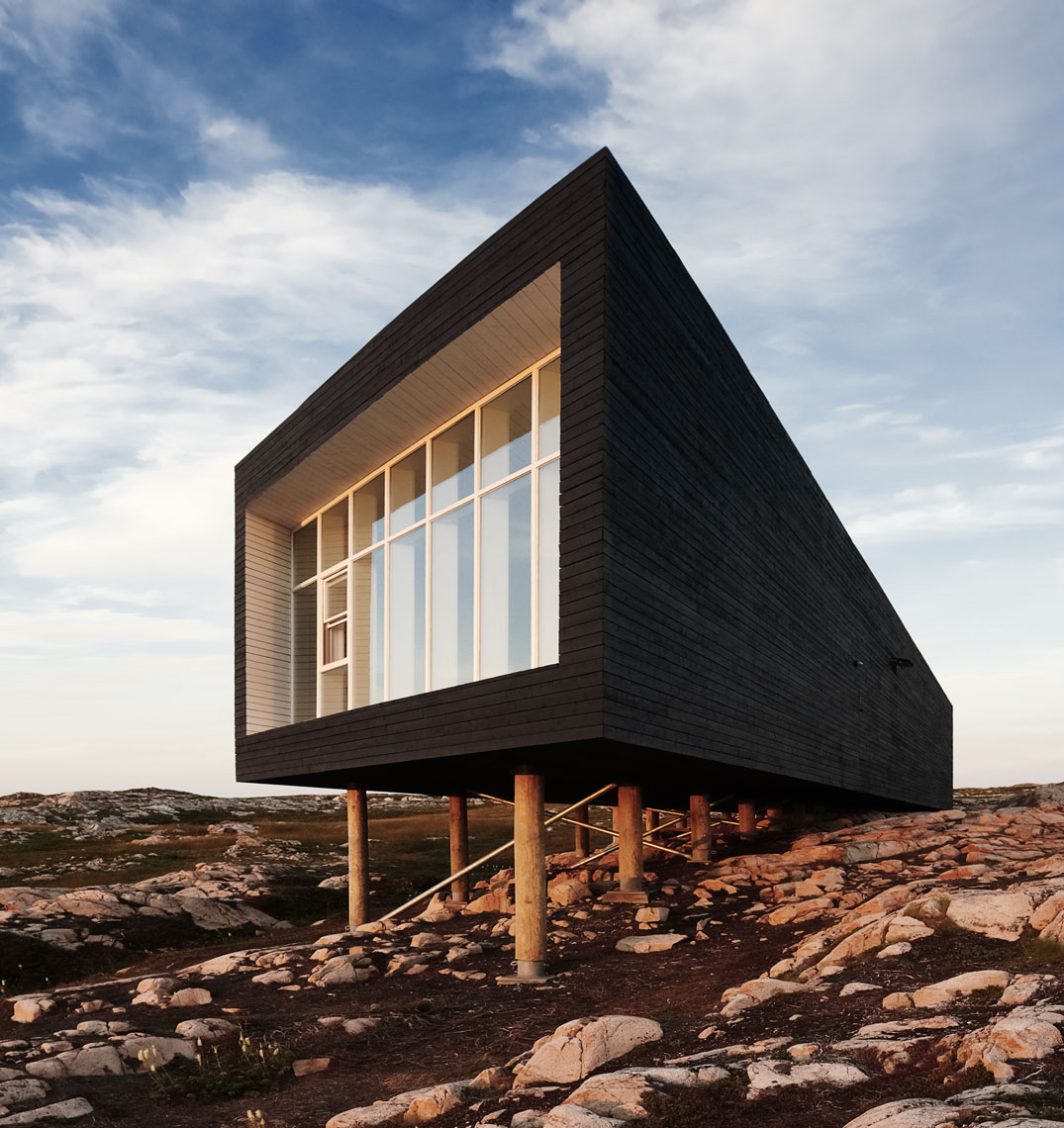 Architecture-Newfoundland-FogoIsland-Long-Studio_2